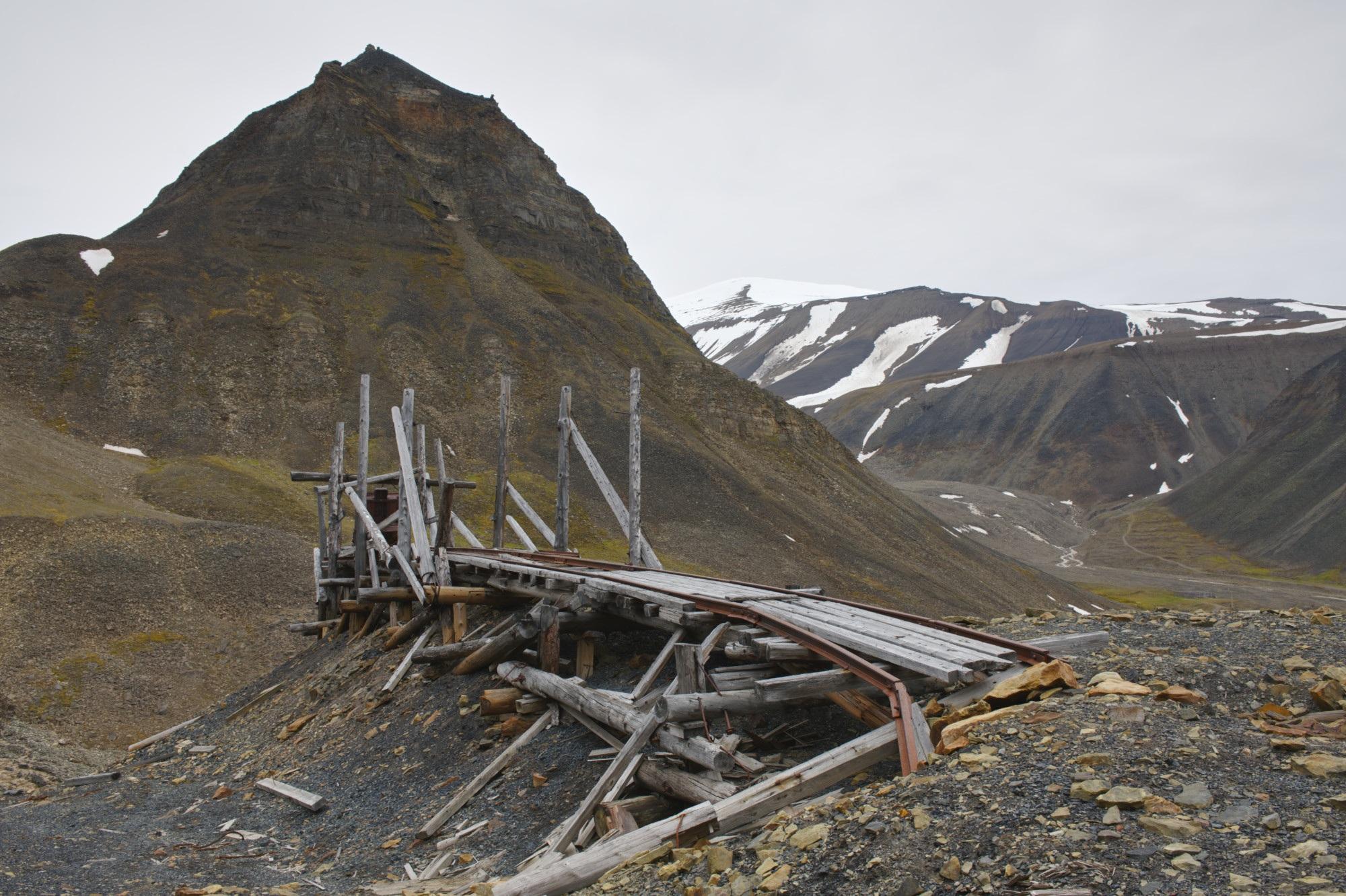 Rester etter gruve 4. Foto Torbjørn Johnsen