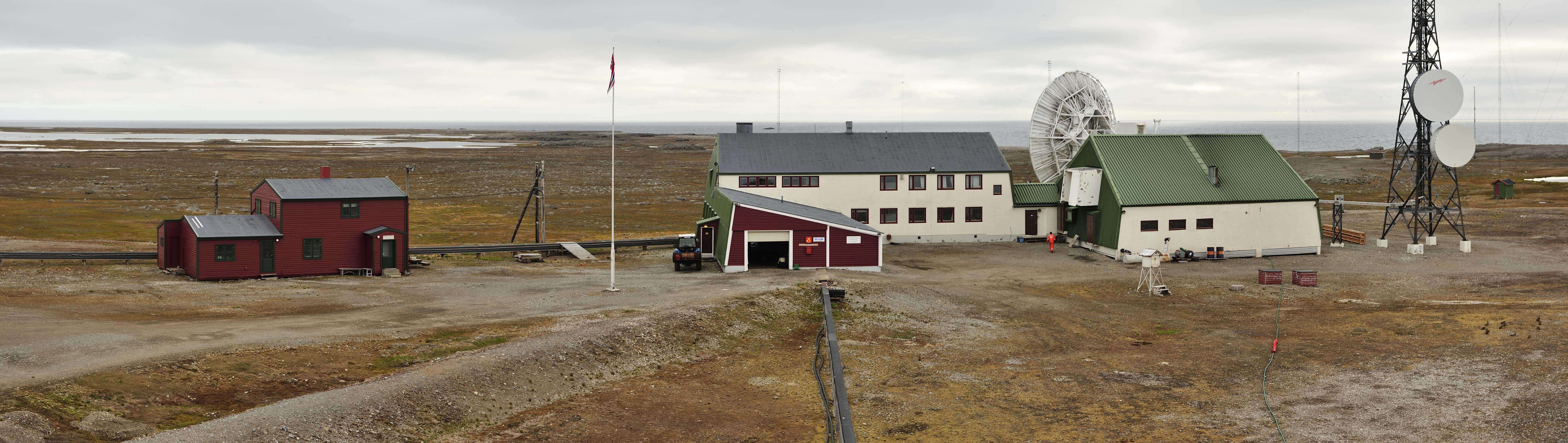 Isfjord Radio. Foto Torbjørn Johnsen
