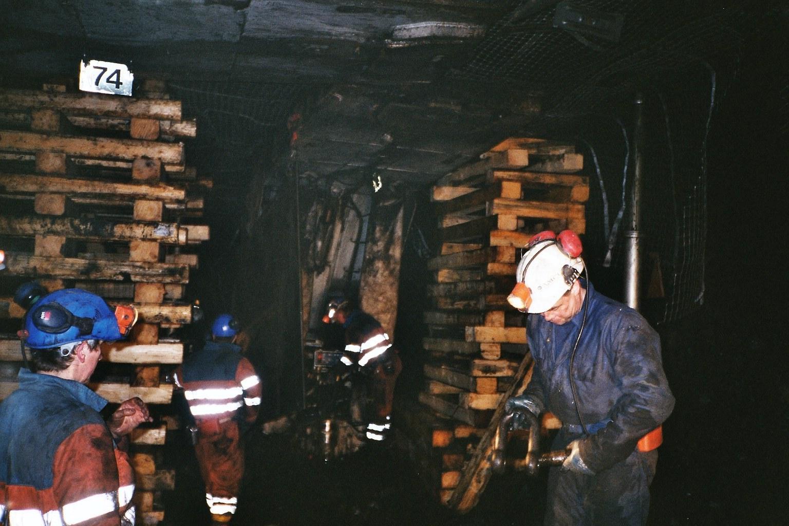 Montering av Longwall i Svea Nord. Foto Store Norske